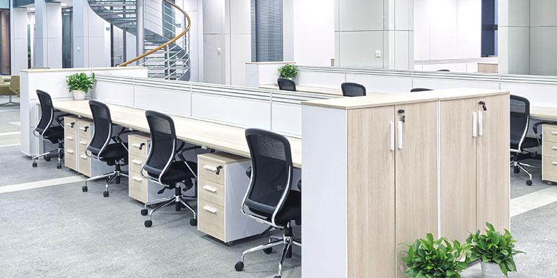 Büro- und Serienmöbel